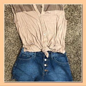 Adorable Forever21 Button Front Denim Shorts EUC